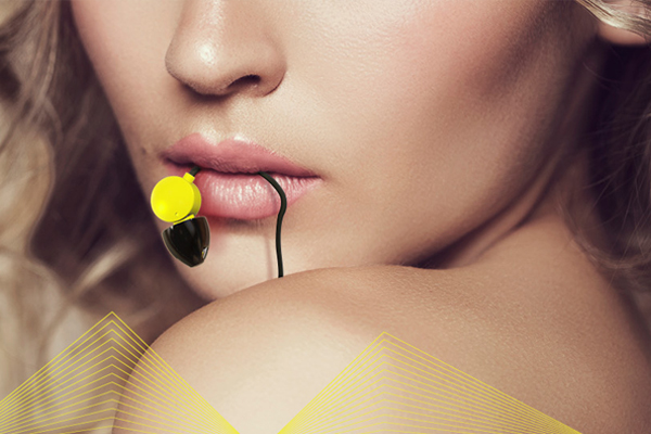 LovePalz 生产的 Ladobi 情色视频专用耳机