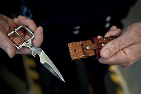 刀锋型皮带设计