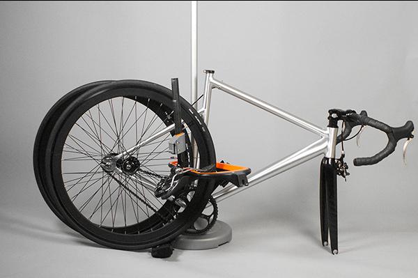 简约多用的自行车后座图片