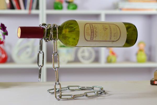神奇锁链创意红酒架(二)