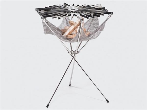 花朵型折叠烧烤架设计