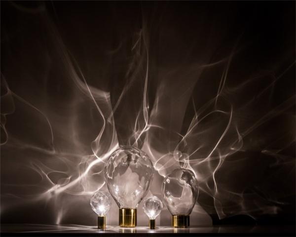 充满诗意的涟漪台灯