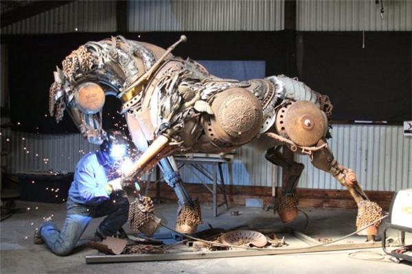 嚣张的金属雕塑(八)