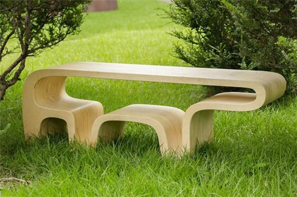 简洁可爱的熊桌设计