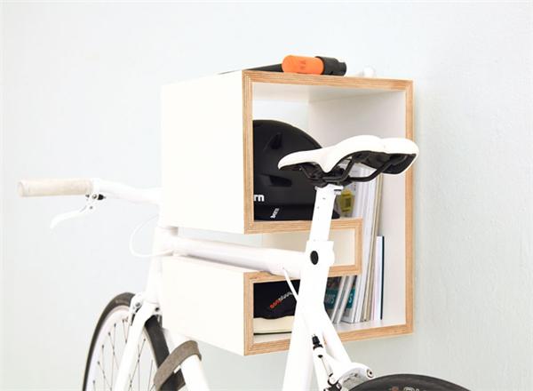 犀利的自行车壁挂支架