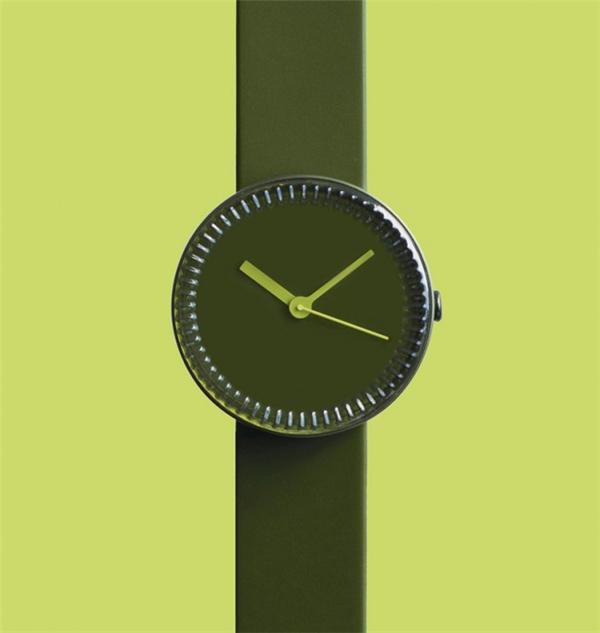 非常漂亮的瓶盖腕表(三)