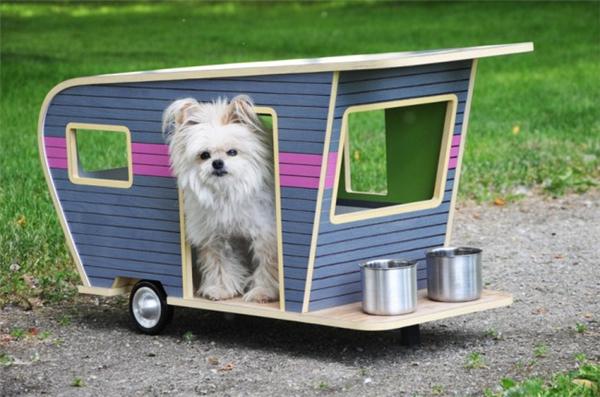 萌萌的宠物狗拖车