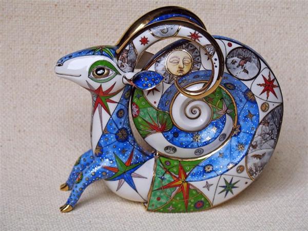 耐看的瓷质雕塑(六)