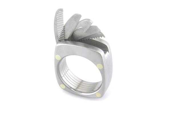 万能的戒指设计