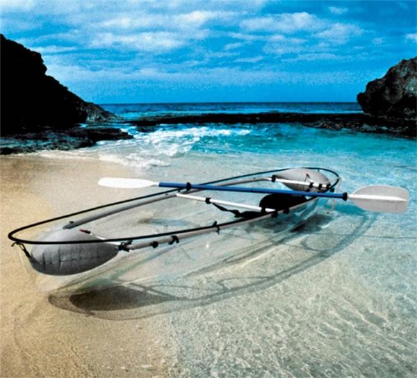 炫酷的透明独木舟