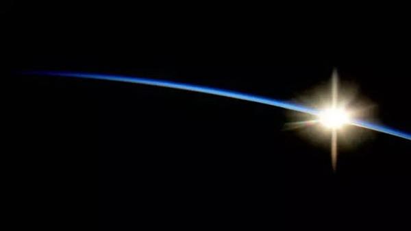 太空看日出日落(十二)