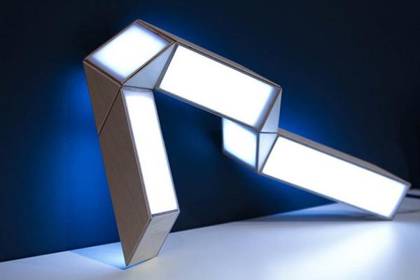 变形台灯(四)