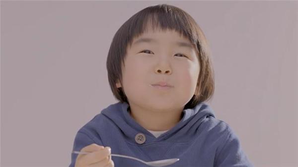 酸奶创意广告-2号小朋友(二)
