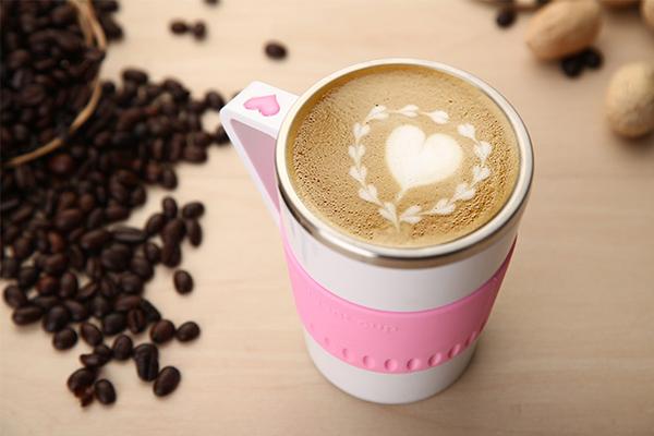 显示温度的咖啡杯