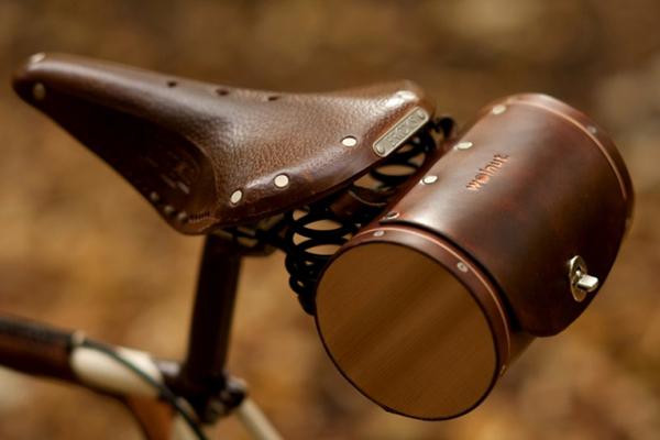 Walnut Studiolo 自行车座桶包