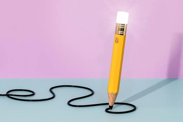 铅笔样式的台灯