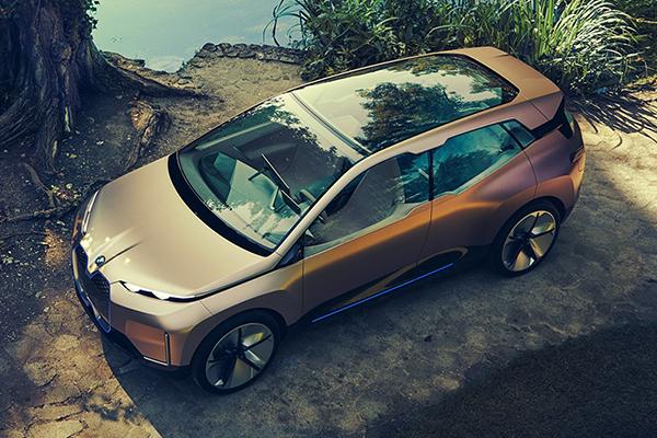 BMW Vision iNext 概念汽车