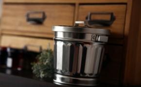 铁皮小型桌面垃圾桶