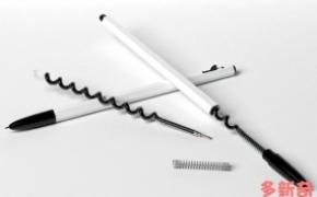 弯曲形状的圆珠笔芯