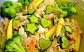 心形和五角星形的小黄瓜