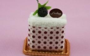 可口的蛋糕样式毛巾