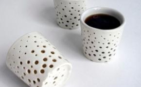 有窟窿的隔热陶瓷水杯