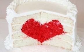 藏在蛋糕里的爱心