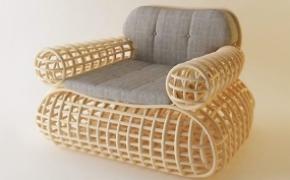 树腾组成的椅子和凳子