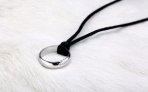 帅气简约的纯银戒指项链