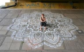 街头蕾丝艺术