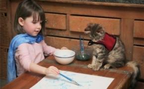 5岁自闭儿童的绘画和生活