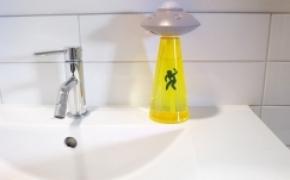 外星侵袭皂液器